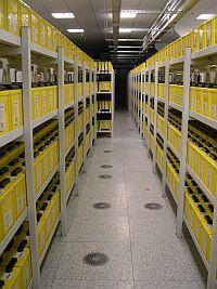 Akumulatory wykorzystywane są przez systemy zasilania awaryjnego UPS.