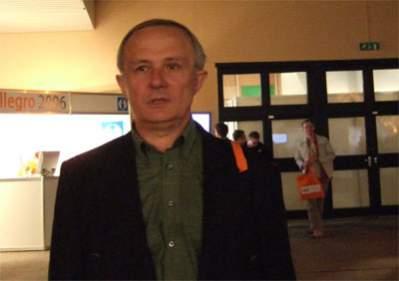 Pan Lesław jest na emeryturze, handel na aukcjach to jego hobby