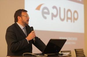 Roman Dmowski, podsekretarz stanu w Ministerstwie Administracji i Cyfryzacji.