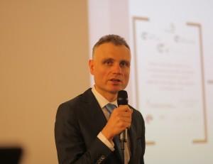 Paweł Oracz, Dyrektor Departamentu Informatyki Ministerstwa Finansów.