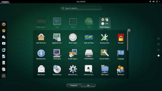 Mniej doświadczeni administratorzy mogą rozpocząć swoją przygodę z systemami Linux od środowiska graficznego i dostępnych w nim narzędzi do konfigurowania komputera, systemu operacyjnego i usług sieciowych. OpenSUSE i jego komercyjny odpowiednik SUSE Linux Enterprise Server dostarczane są z wygodnym narzędziem YaST. Źródło: opensuse.org/pl.