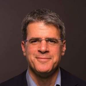 Tom Corn, wiceprezes odpowiedzialny za bezpieczeństwo i strategie rozwoju bezpieczeństwa w VMware. Źródło: VMware.